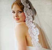bridal veil traditional mantilla