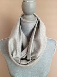 Infinity Scarf with Hidden Pocket Knit Gray