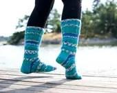Blue turquoise socks hand knit striped socks in wool blend yarn. Ocean. - Varm