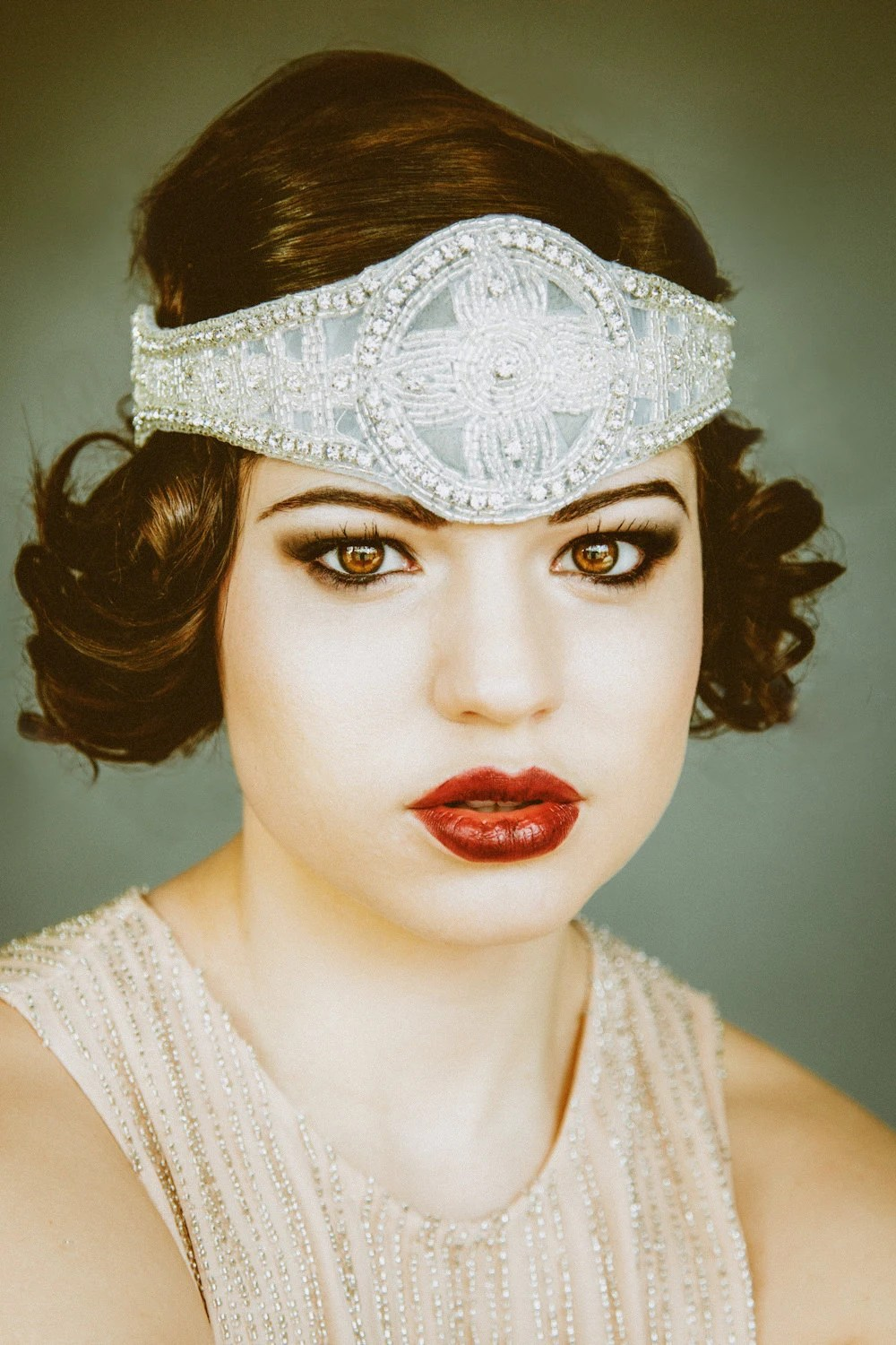 1920s Inspired Bridal Flapper Headpiece Bohemian Style