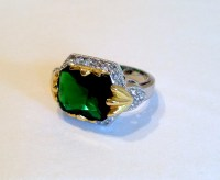 Vintage Two Tone Emerald Estate Jewelry Ring