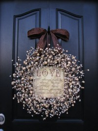 Items similar to Personalized Gifts, Wreaths,Champagne