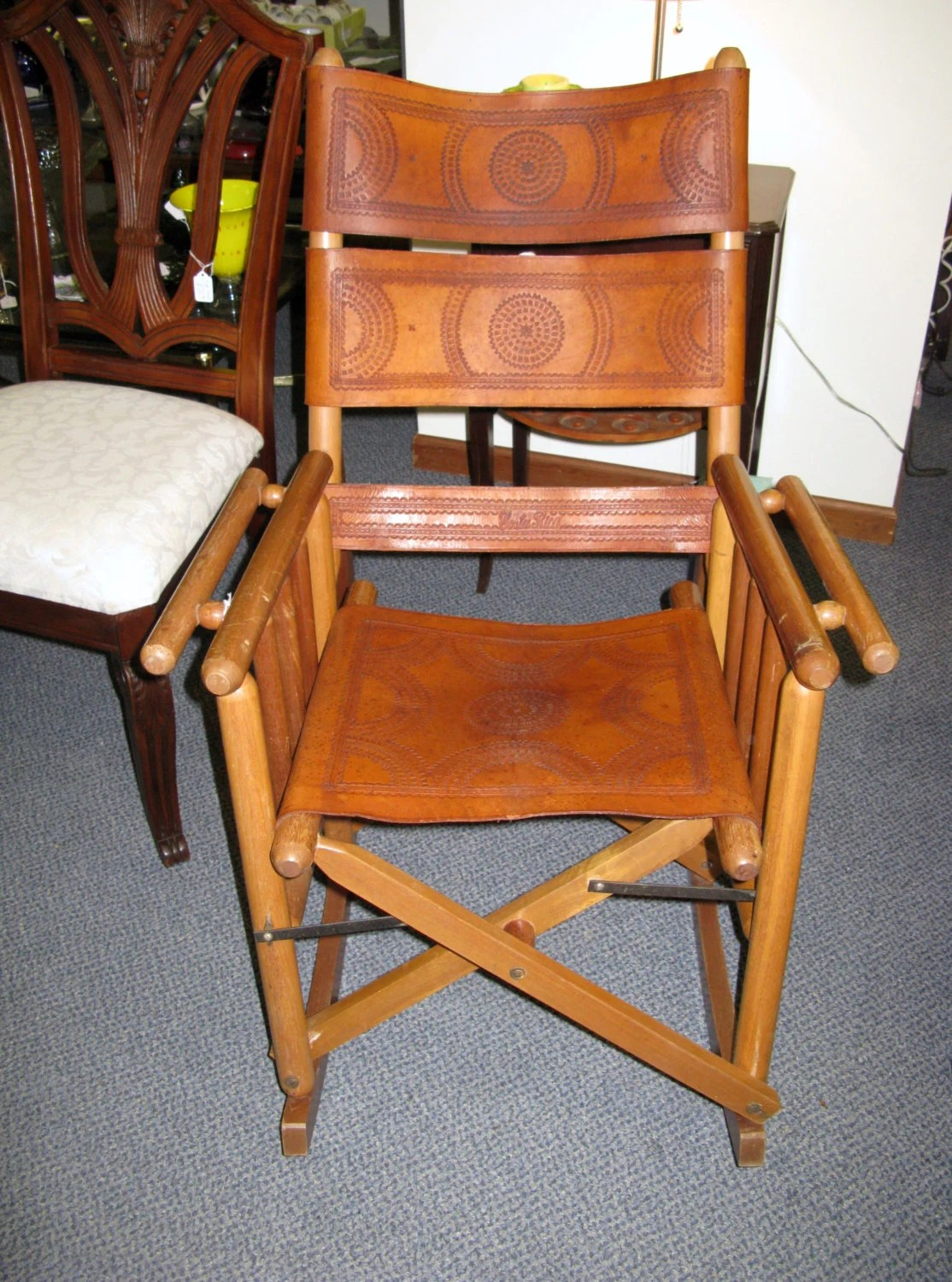folding chair leather in pakistan unique rocking