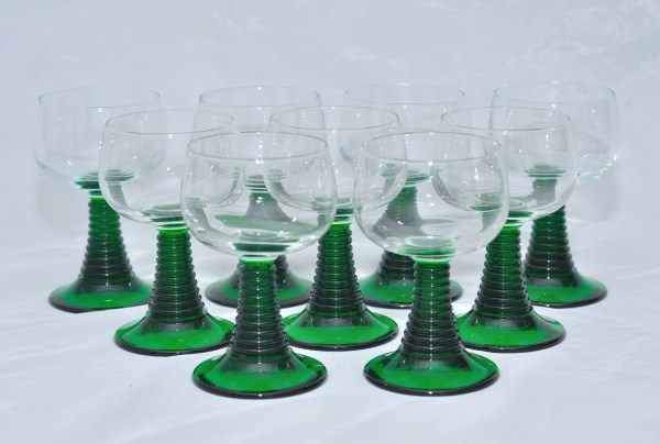 9 Vintage French Art Deco Luminarc Wine Glasses With