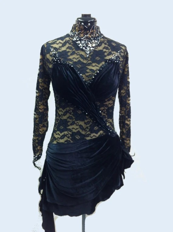 Figure Skating Dress from black Lace and Velvet with