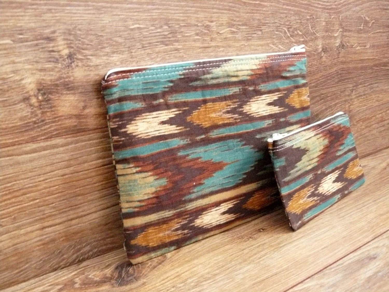 Kiva - Chevron Arrow Zipper Pouch Gift set - Cosmetics or makeup, travel, wallet -  Native American, Southwestern pattern - WillowAndSparrow