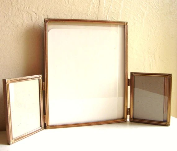 Triple Hinged Frame 8 X 10