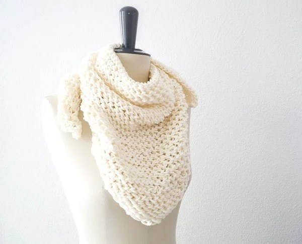 Triangle Lace Knit Scarf in Soft Neutral Cream Merino Wool. Romantic Spring / Summer / Fall / Back to School Fashion. Handmade in France. - tortillagirl