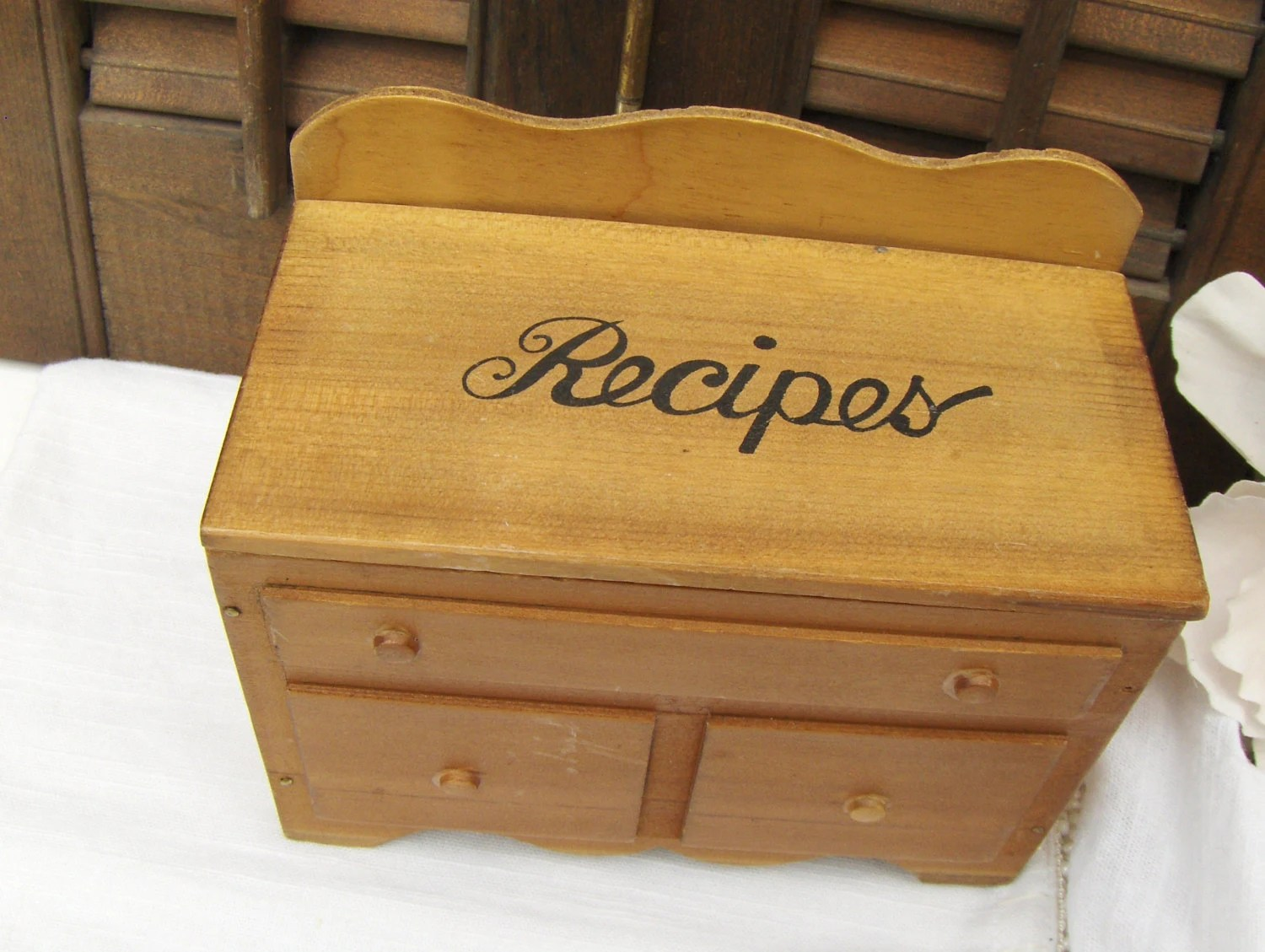 vintage recipe card box wood kitchen recipes by myvintagealcove