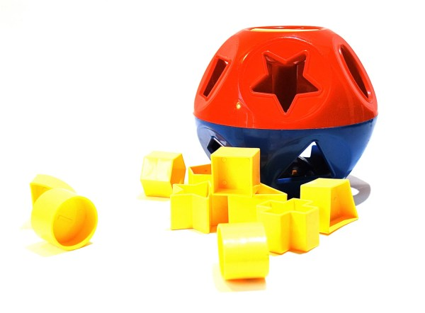 Tupperware Toys Shape Sorter Ball Complete
