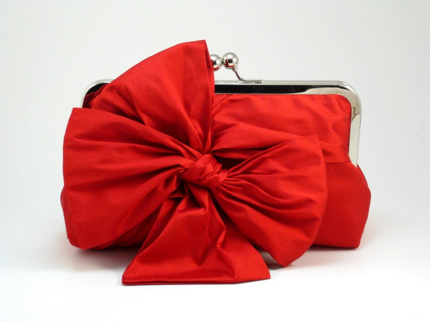 Bow Clutch /  Red Clutch / Party Clutch (Classic Bow Clutch:Red Silk) - DavieandChiyoStyle