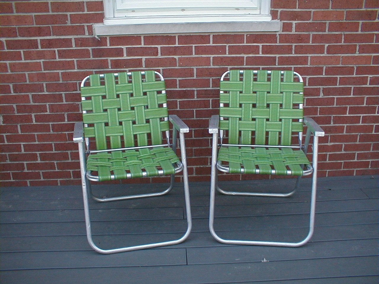Aluminum Lawn Chairs Pair Vintage Folding Aluminum Webbed Lawn Chairs Lime Green