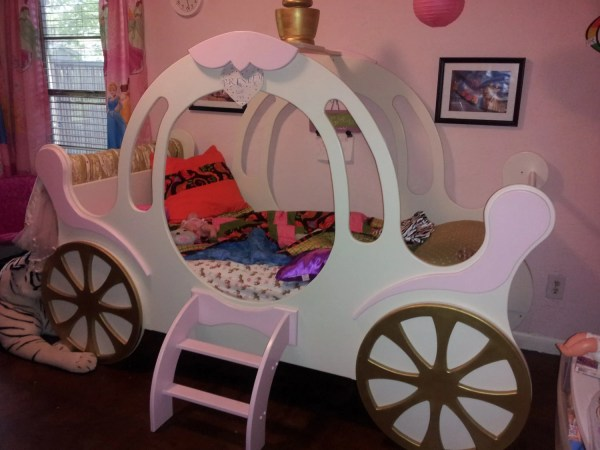 Child' Princess Carriage Bed