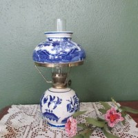 Blue Flow Lamp Blue Willow Small Oil Lamp