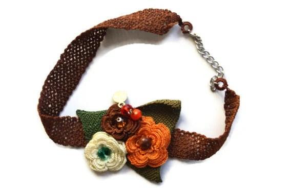 Flowers on Brauen Handmade Croched Necklace - zerrindusunceli