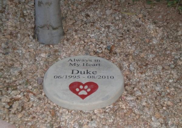 Custom Engraved Pet Memorial 11' '