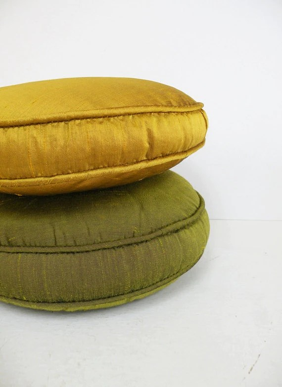 Small Round Pillow