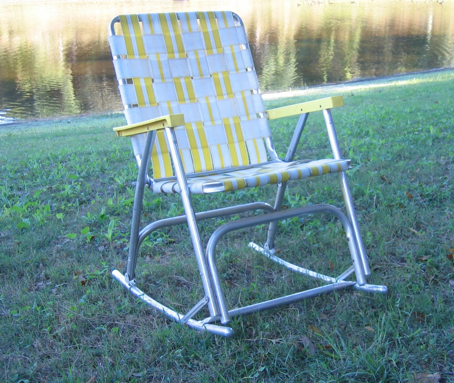 Aluminum Lawn Chairs Aluminum Folding Lawn Chair Rocking Chair By Domesticblissjrc