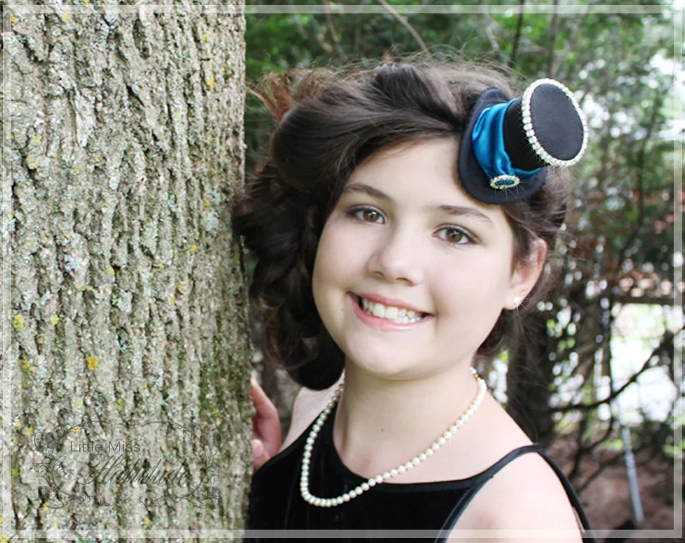 Mini Top Hat , Tiny Hat , Black and Blue Mini Hat , Mad Hatter Hat , Tea Party Hat , Bridal Shower Hat - LittleMissHattitude