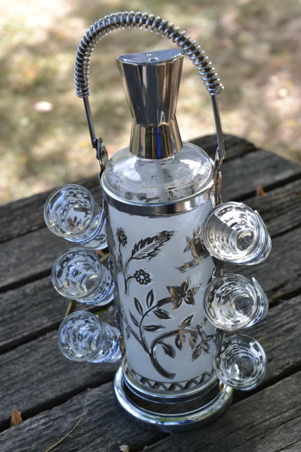 Vintage Frosted Cordial Set 6 Glasses Decanter Chrome Pour