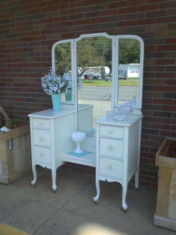 Circa 20' Antique White Vanity Dressing Table Salvaged