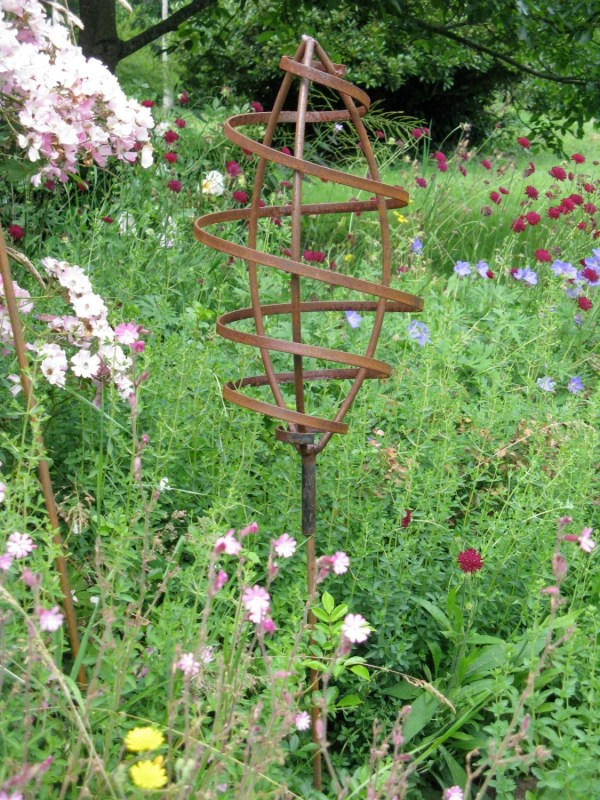 Rustic Metal Garden Sculptures