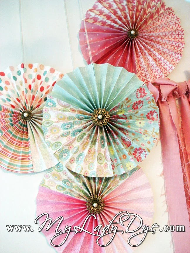 Fanned Paper Wall Decoration Wall Decoration Pictures