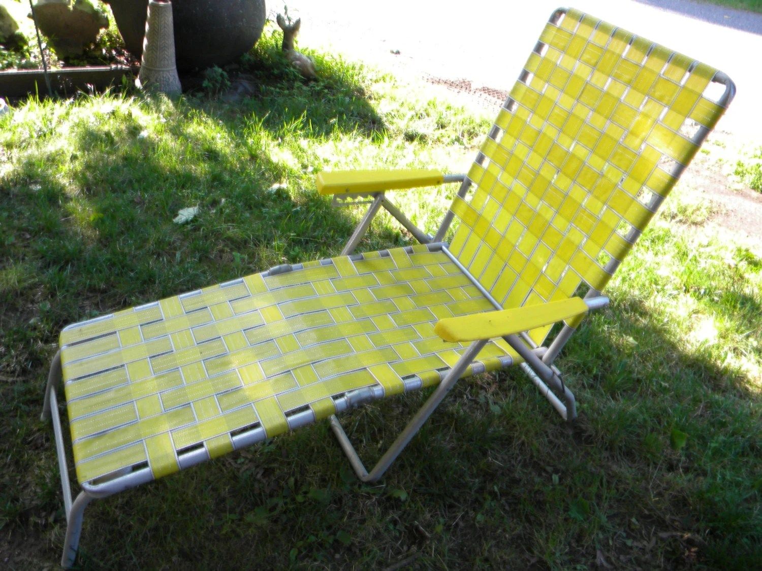 webbing for aluminum folding chairs green cube good shape vintage 1970s mid century yellow webbed outdoor