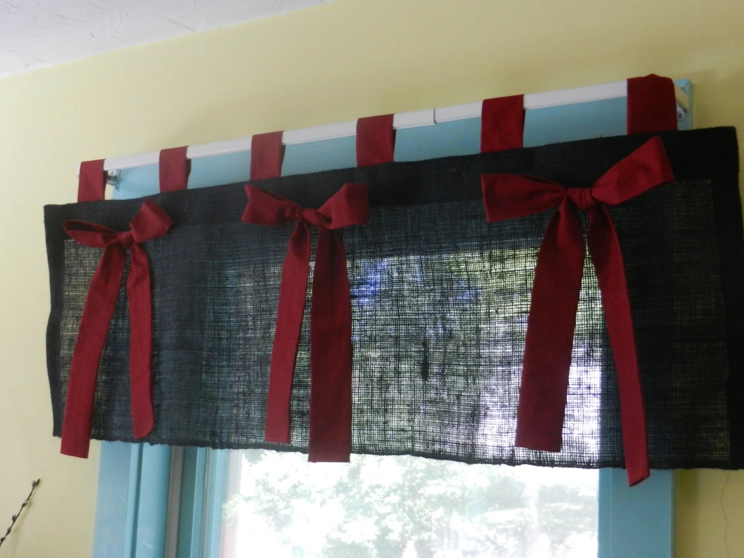 Black Burlap Tab Valance With Red Bows Measures