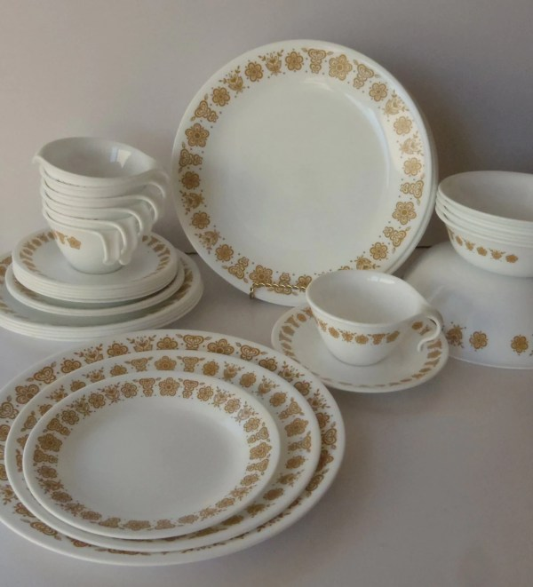 32 Pieces Corelle Pyrex Butterfly Gold Dish Set Vintage
