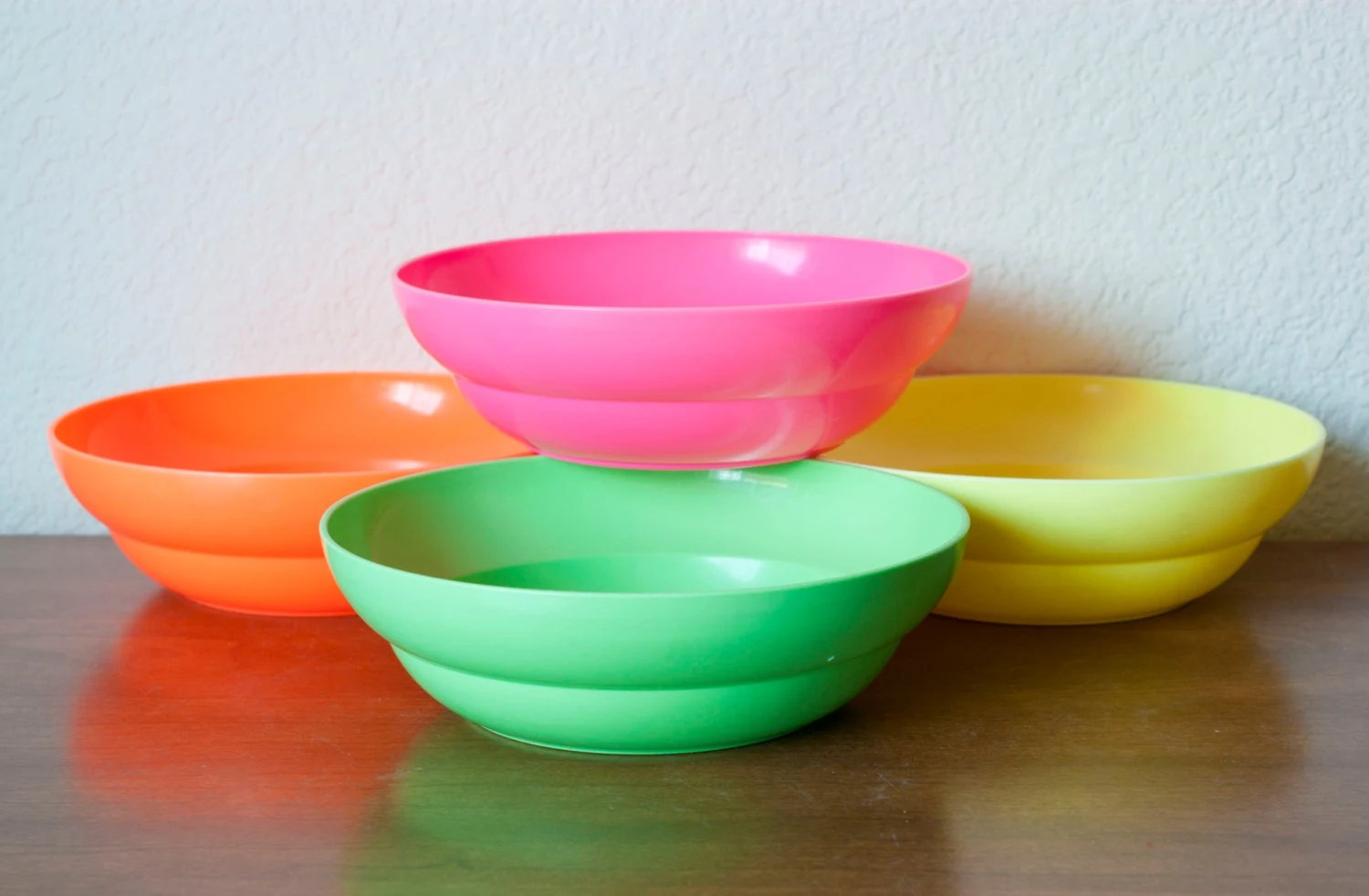 Neon Tupperware Cereal Bowls Green Orange Pink Yellow Set of