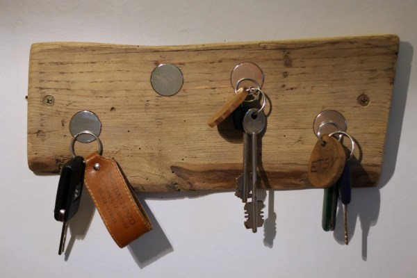 Rustic Wooden Magnetic Ring Key Holder Natural Wood