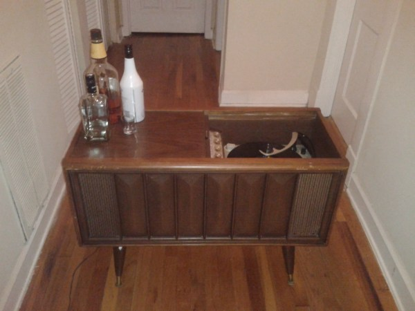 Vintage Magnavox Console Stereo - Year of Clean Water