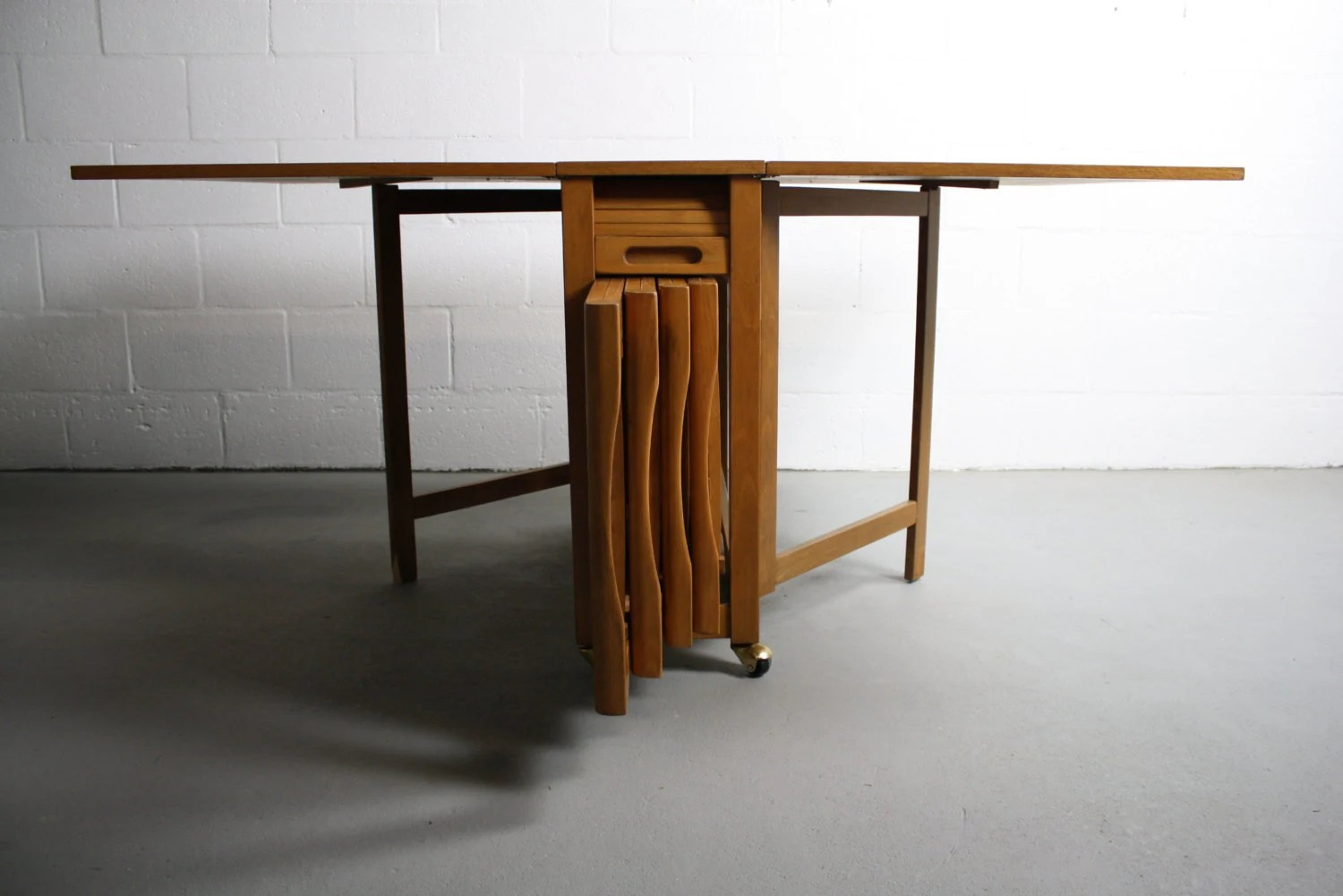 Drop Leaf Table With Chairs Mid Century Danish Modern Drop Leaf Hide A Way Table W 4