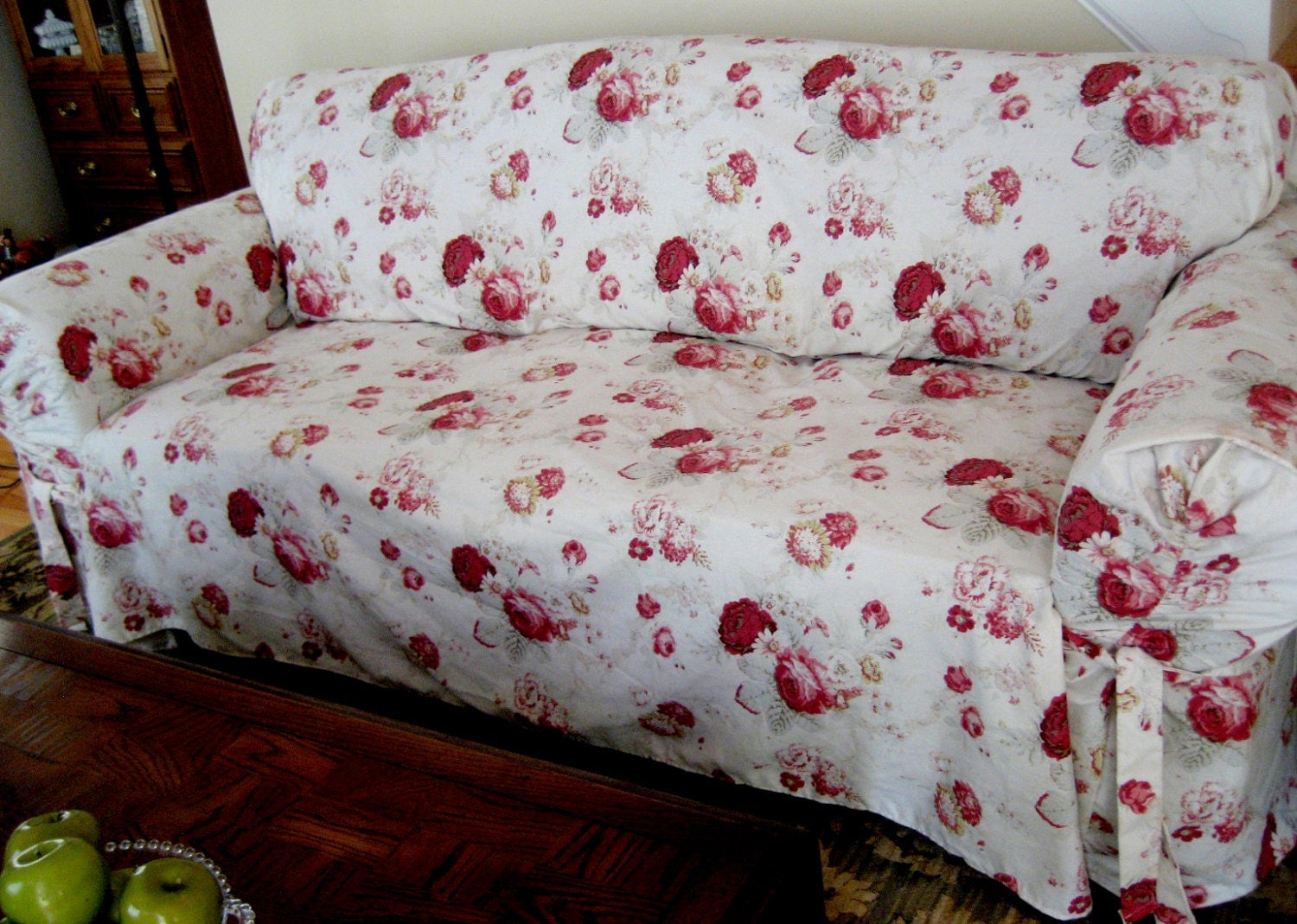 rose sofa slipcover parker knoll sofas reviews waverly norfolk pattern sure fit retro