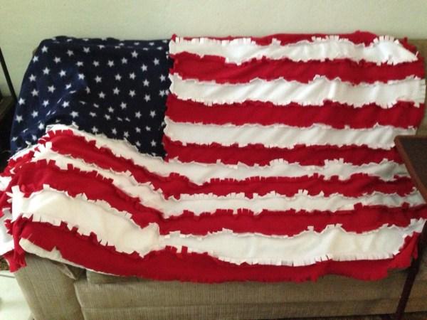 Fleece American Flag Rag Quilt Blanket Throw