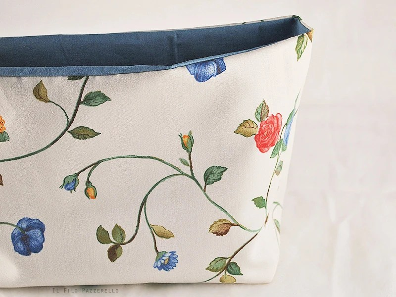 Floral fabric basket / home decor / organization / storage / makeup / wardrobe / laundry room - IlFiloPazzerello