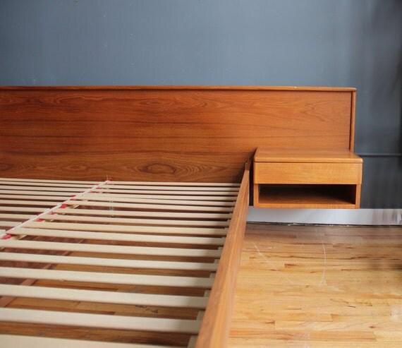 Danish Modern Teak Platform Queen Bed w Floating Nightstands