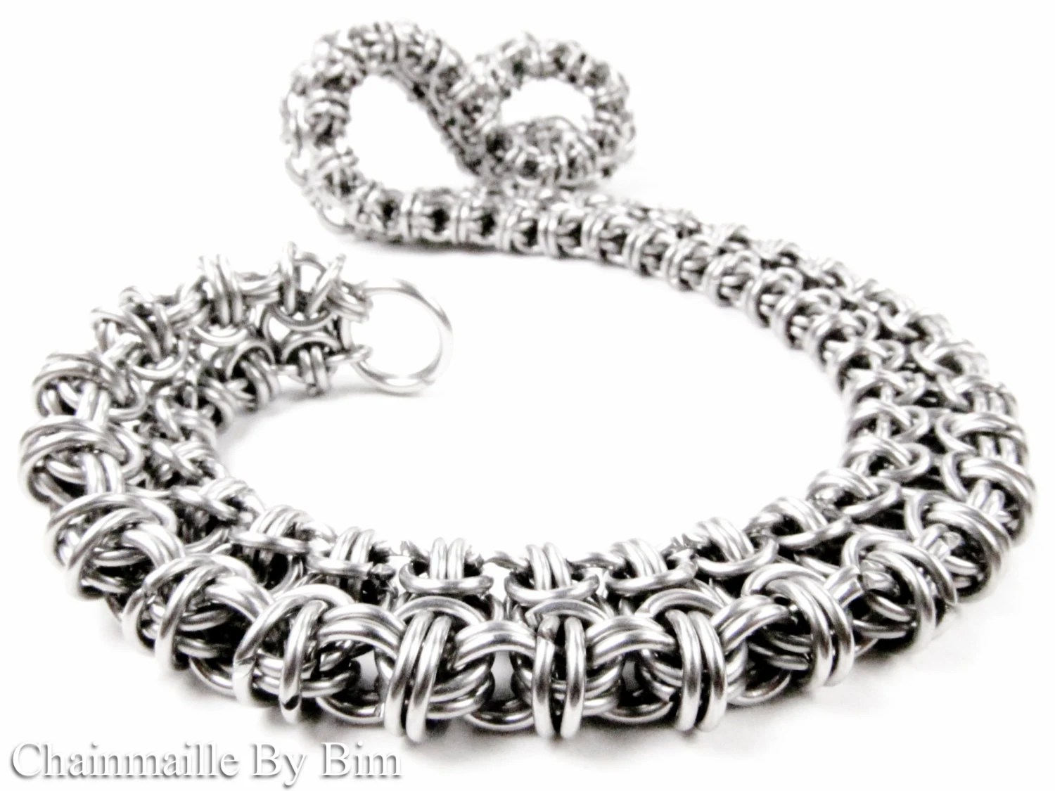 Chainmaille for Everyone by ChainmailleByBim on Etsy