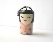 Japanese geisha keychain miniature recycled keyring - Lunica