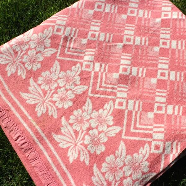 Vintage Cotton Blanket Beacon Camp Pink Cream Double Length