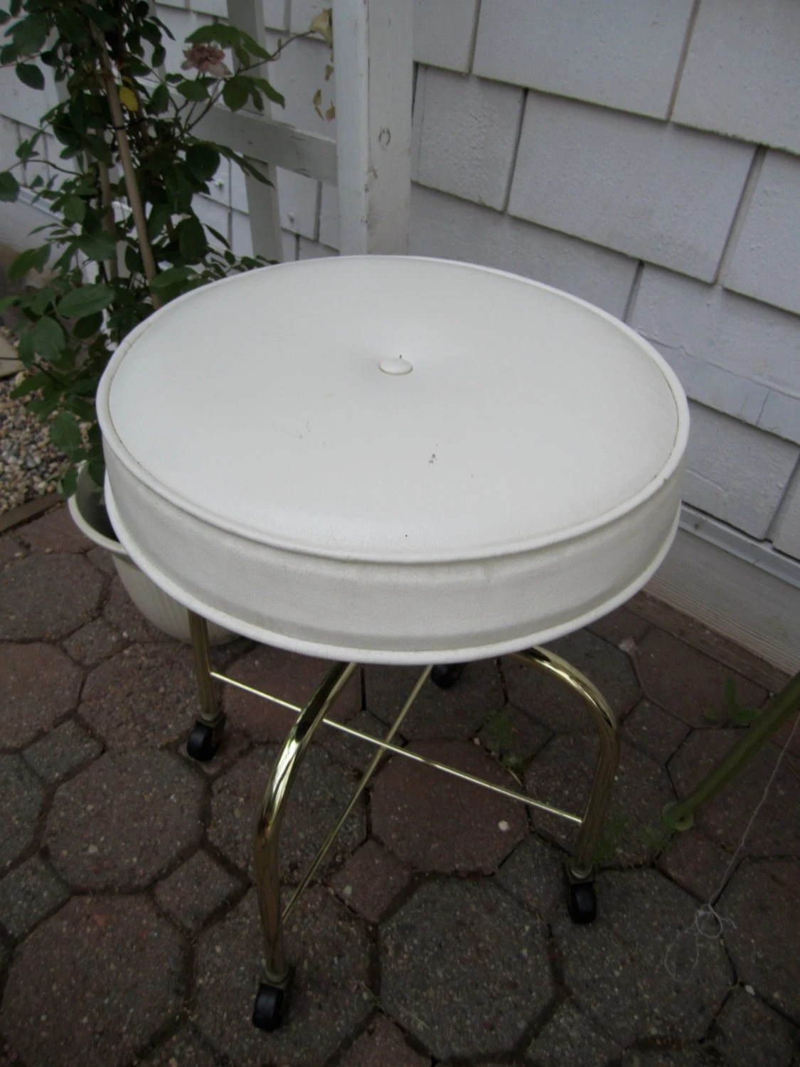 Gold Vanity Chair Vintage Vanity Stool White Vinyl Rolling Stool With Gold Tone