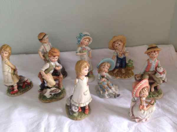 Lefton China Figurines Hand Painted Figures