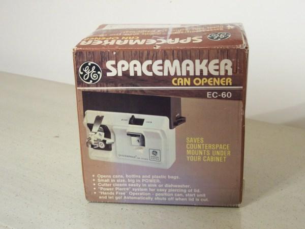 Vintage Ge Spacemaker Opener Under Cabinet Mount