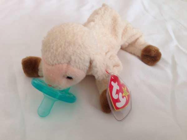 Beanie Pacifier Holder Lamb