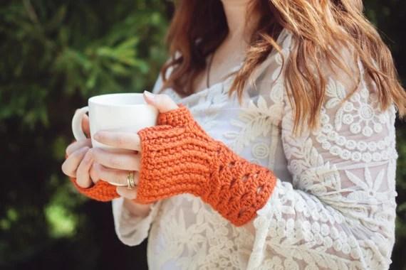 Crocheted Fingerless Gloves: Pumpkin