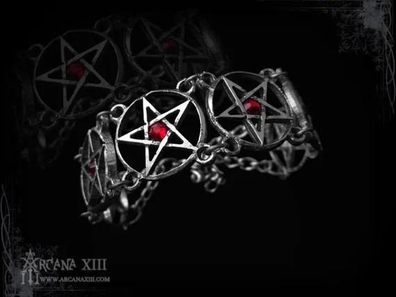 Pentagram bracelet with swarovski, Pagan bracelet, gothic jewelry, medieval jewelry, victorian jewelry, wicca bracelet, paganist, steampunk