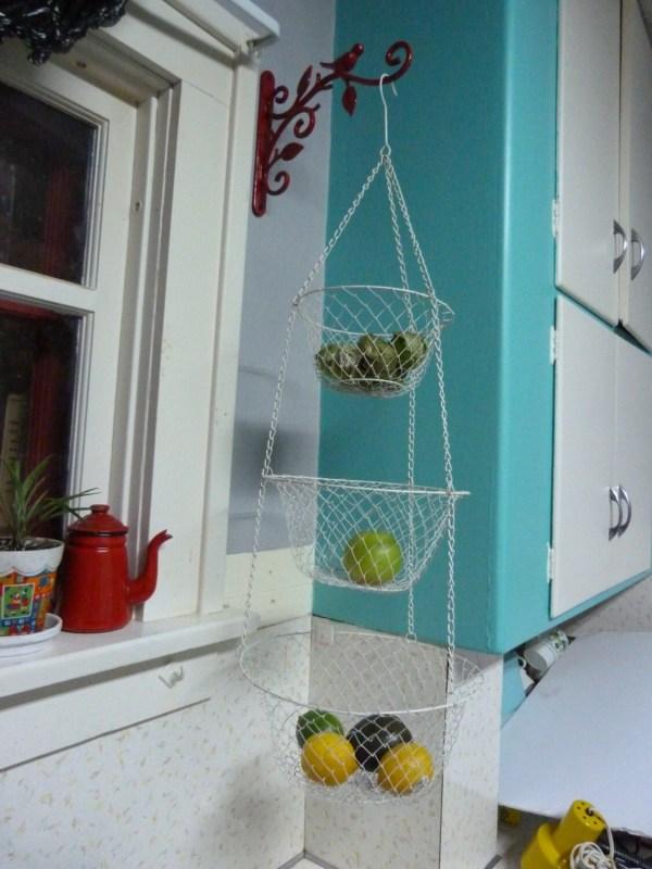Vintage White 3 Tier Wire Hanging Kitchen Basket