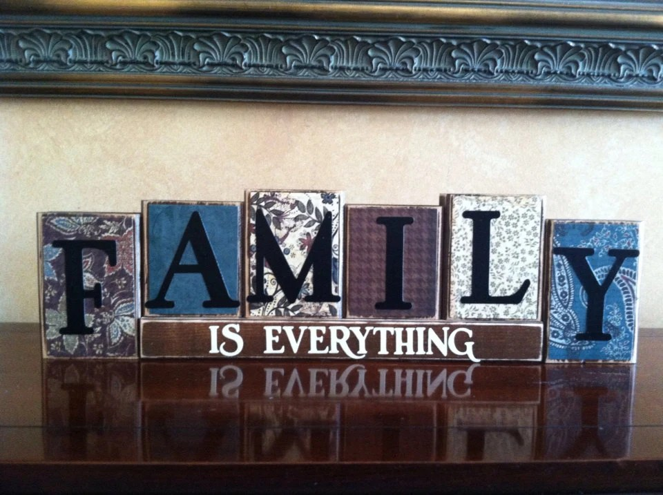 FAMILY IS EVERYTHING Wood Blocks  Wood Sign  Home Decor