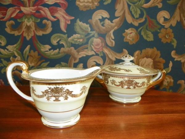Noritake Goldana China Sugar Bowl And Creamer Set